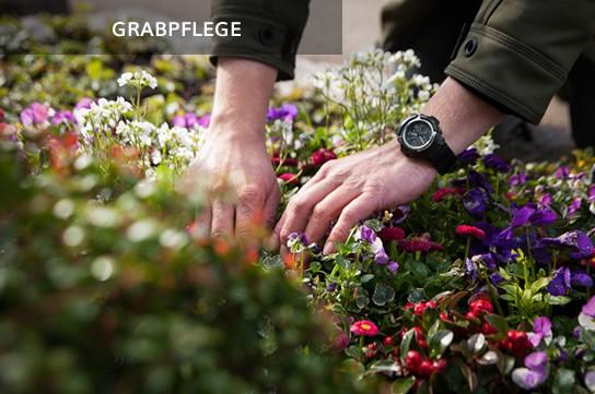 Liebevolle Grabpflege per Hand
